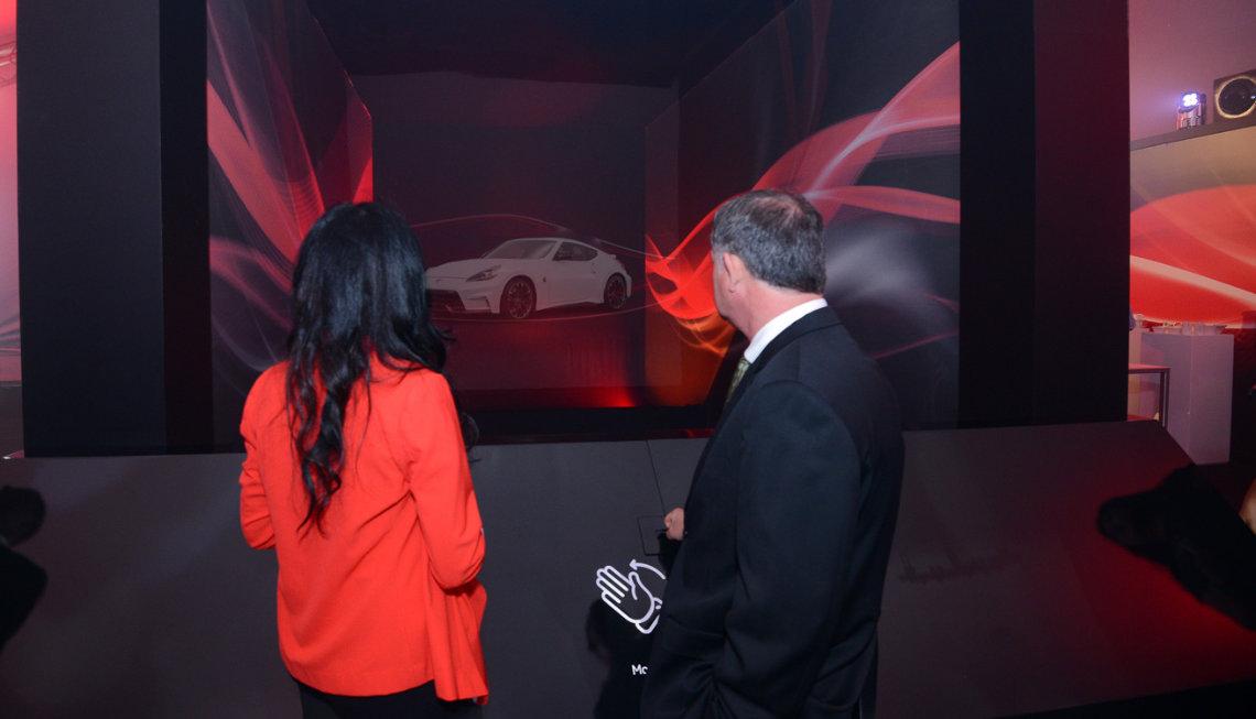 nissan dubai auto show gesture technology application
