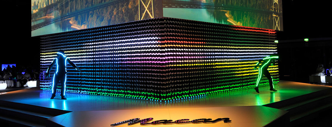 porsche interactive led show